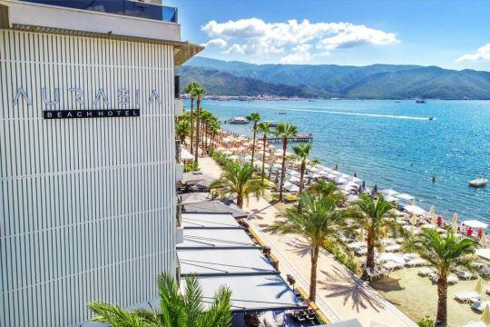 Почивка в AURASIA BEACH HOTEL 3*