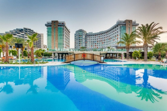 Почивка в SHERWOOD BREEZES  RESORT 5*