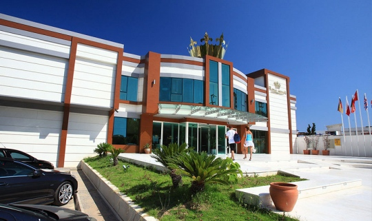 Почивка в ROYAL ARENA RESORT & SPA 5*