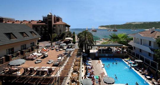 Почивка в IRON AMBASSADOR PLAZA HOTEL 4*