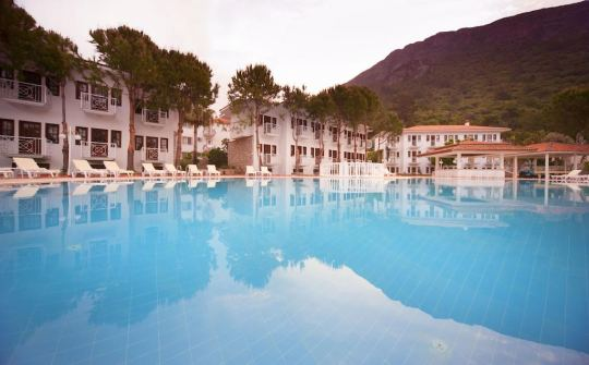 Почивка в WHITE HOTEL OLUDENIZ