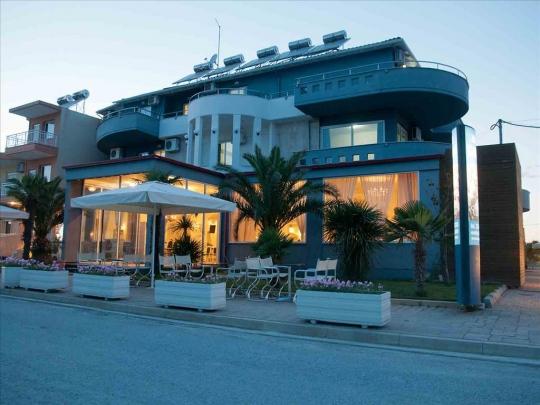 Почивка в YAKINTHOS HOTEL APARTMENTS 2*