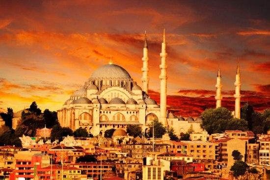 Почивка 1-ви Май  2018<br> в Истанбул<br> Програма с 3 нощувки<br> дневен преход - <font color=green> ОБЯВЕНИТЕ ЦЕНИ СА С ВКЛЮЧЕНИ ОТСТЪПКИ ЗА РАННИ ЗАПИСВАНИЯ ДО 31.01.2018</font>