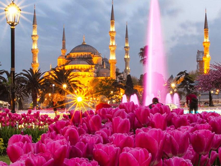 Почивка Фестивал на лалето в Истанбул<br>Програма с 2 нощувки нощен преход   - <font color=green> ОБЯВЕНИТЕ ЦЕНИ СА С ВКЛЮЧЕНИ ОТСТЪПКИ ЗА РАННИ ЗАПИСВАНИЯ ДО 28.02.2018</font>